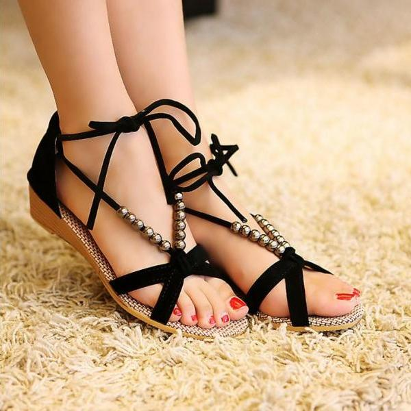 Women Solid Flat Heel Beaded Fashion Sandals
